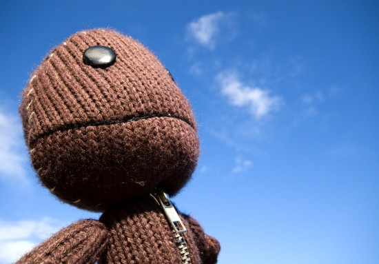 SackBoy Looks Up